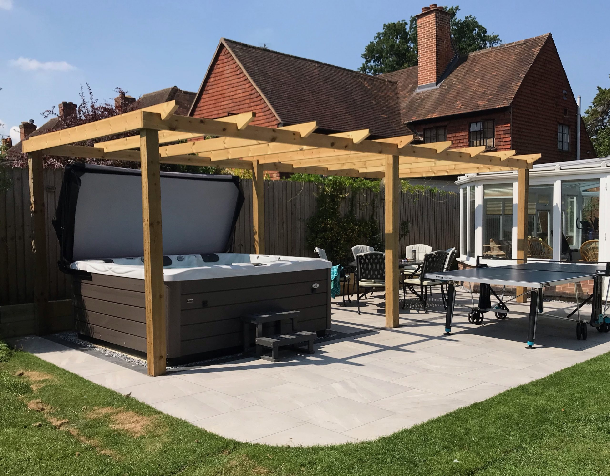 Hot Tubs Surrey, Hot Tubs Hampshire, Hot Tubs Middlesex